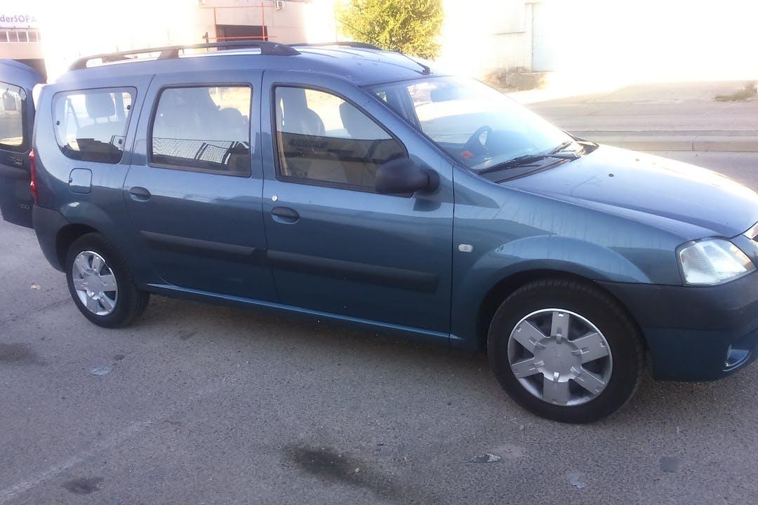 Alquiler barato de Dacia Logan Break 1.5 Dci Laureate 7p cerca de 28110 Algete.