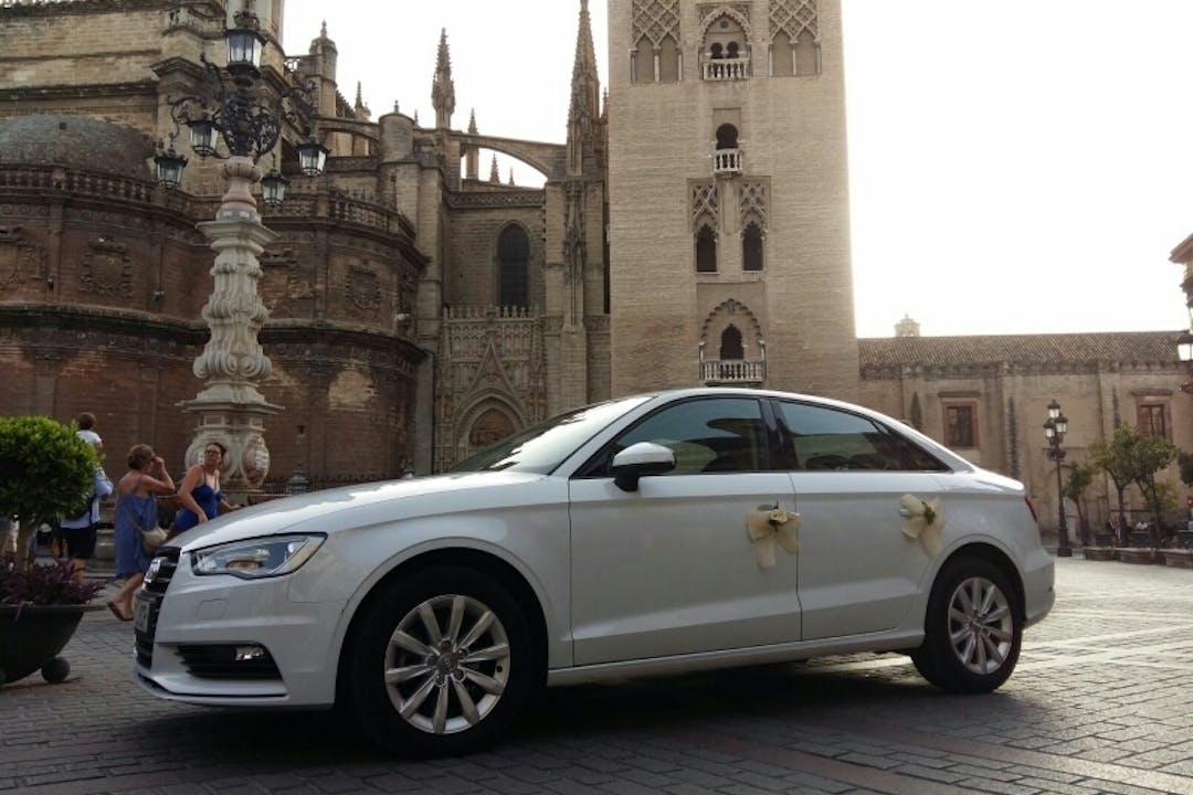 Alquiler barato de Audi A3 1.6 Tdi Cd110 Adrenalin cerca de 41003 Sevilla.