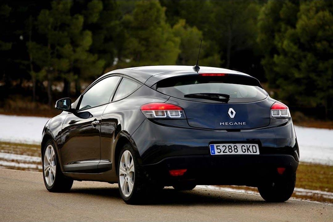 Alquiler barato de Renault Megane Dynamique 1.5dci 105 cerca de 18004 Granada.