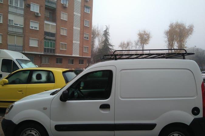 Alquiler barato de Renault Kangoo Authentique 1.6 90 cerca de 32001 Ourense.