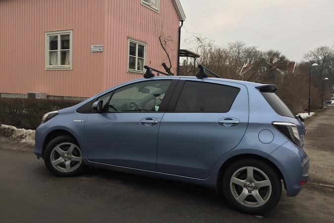 Billig biluthyrning av Toyota Yaris med Aircondition i närheten av 123 48 Stockholm.