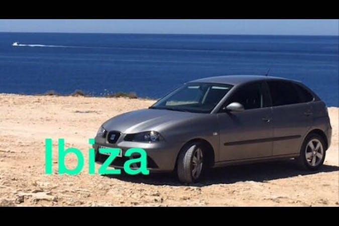 Alquiler barato de Seat Ibiza cerca de 07800 Eivissa.
