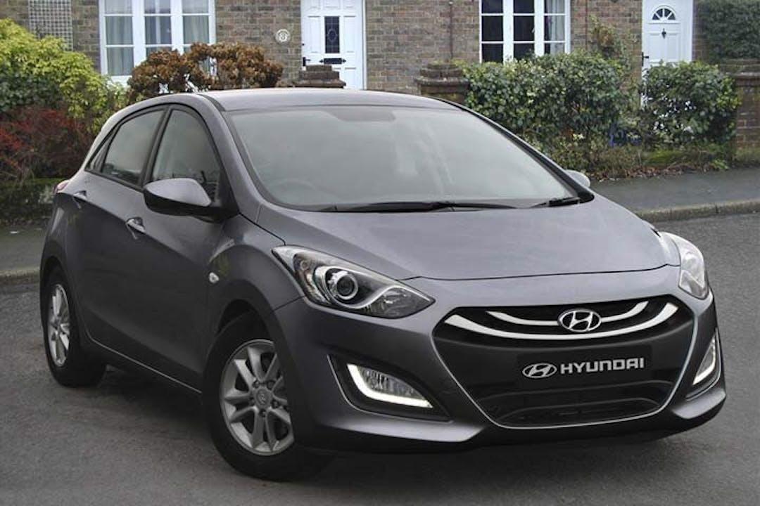 Billig billeje af Hyundai i30 1,6 Diesel med GPS nær 6100 Haderslev.