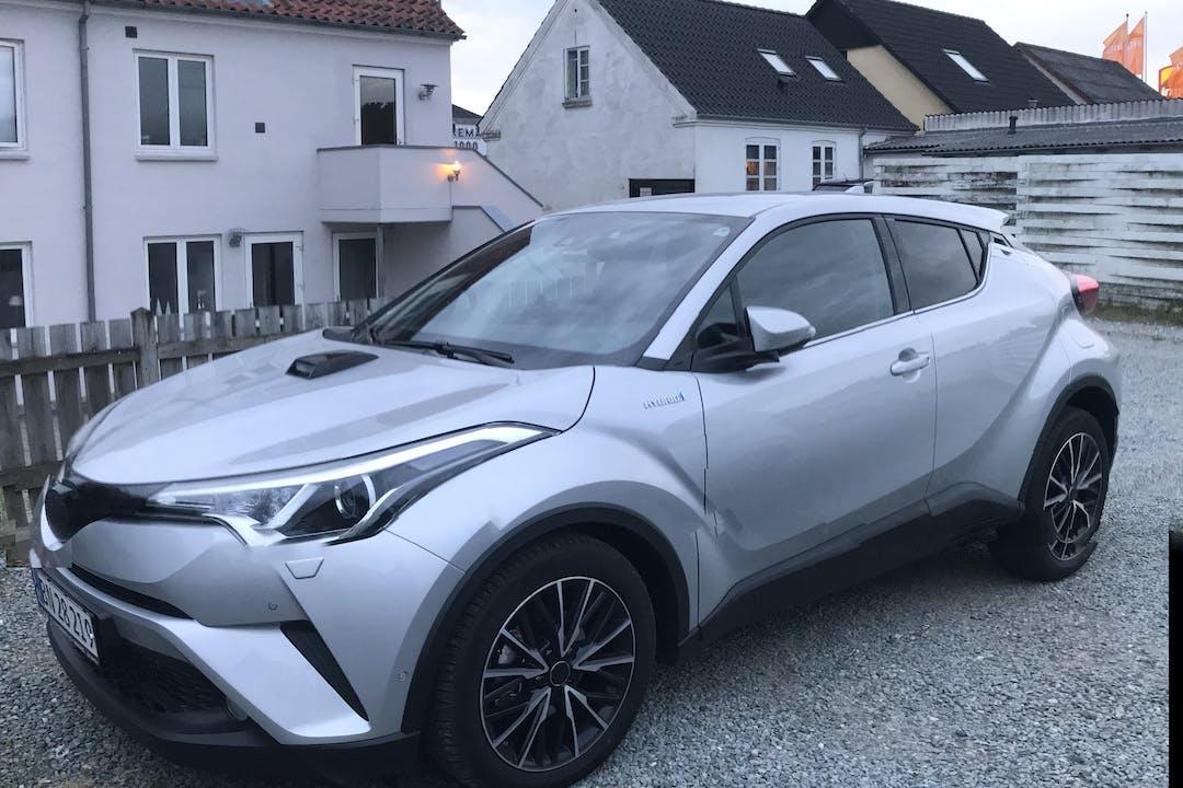Billig billeje af Toyota C-HR med Bluetooth nær 9800 Hjørring.