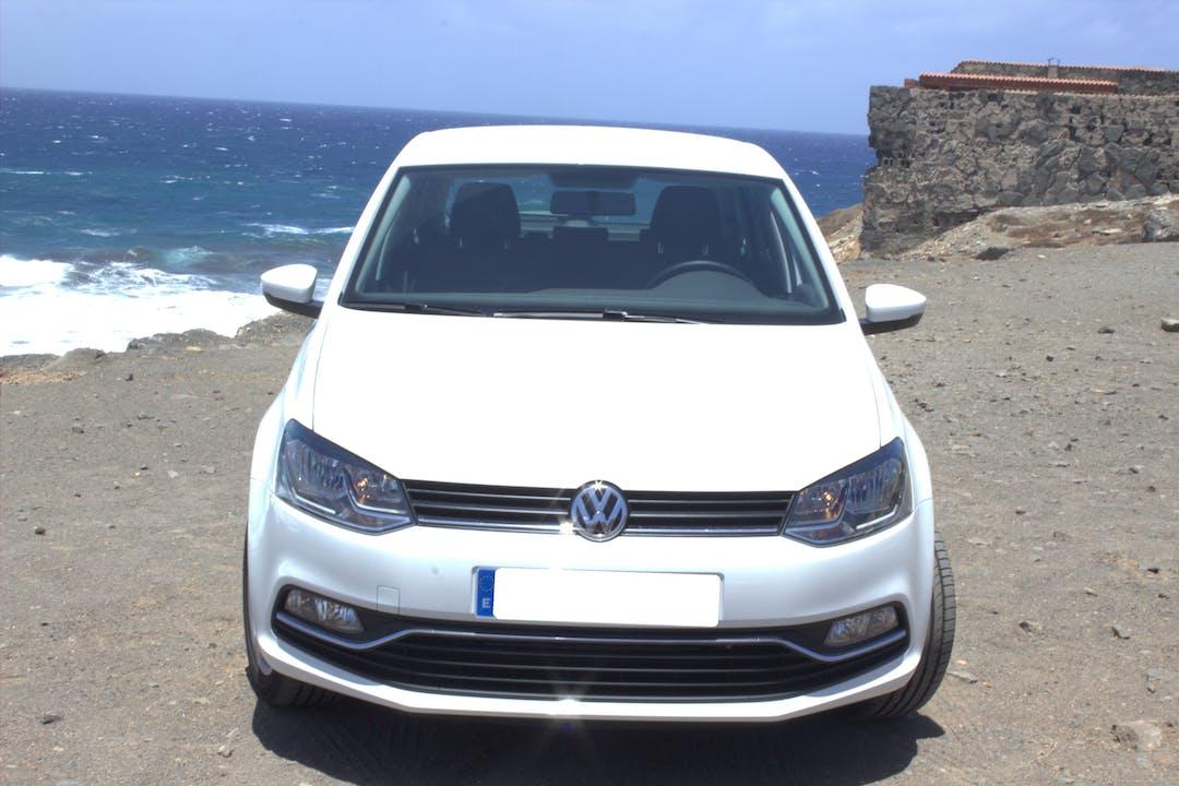 Alquiler barato de Volkswagen Polo Advance 1.2 Tsi 90 Bmt cerca de 35212 Marpequeña.