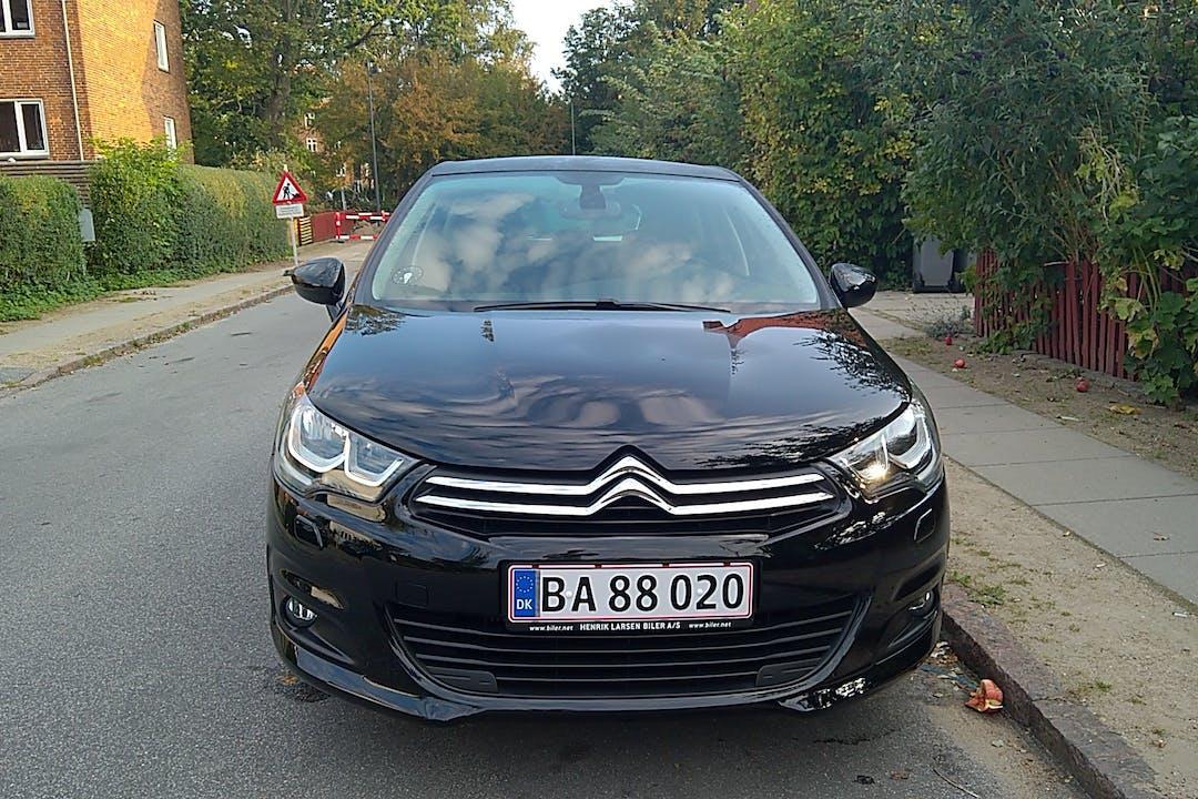 Billig billeje af Citroën C4 1,6 2016 med GPS nær 2500 København.