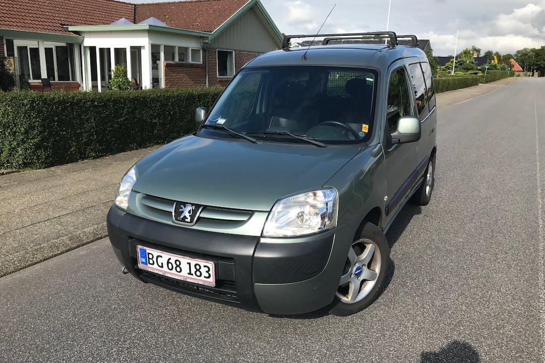 Billig billeje af Peugeot Partner / Citröen Berlingo nær 8210 Aarhus.