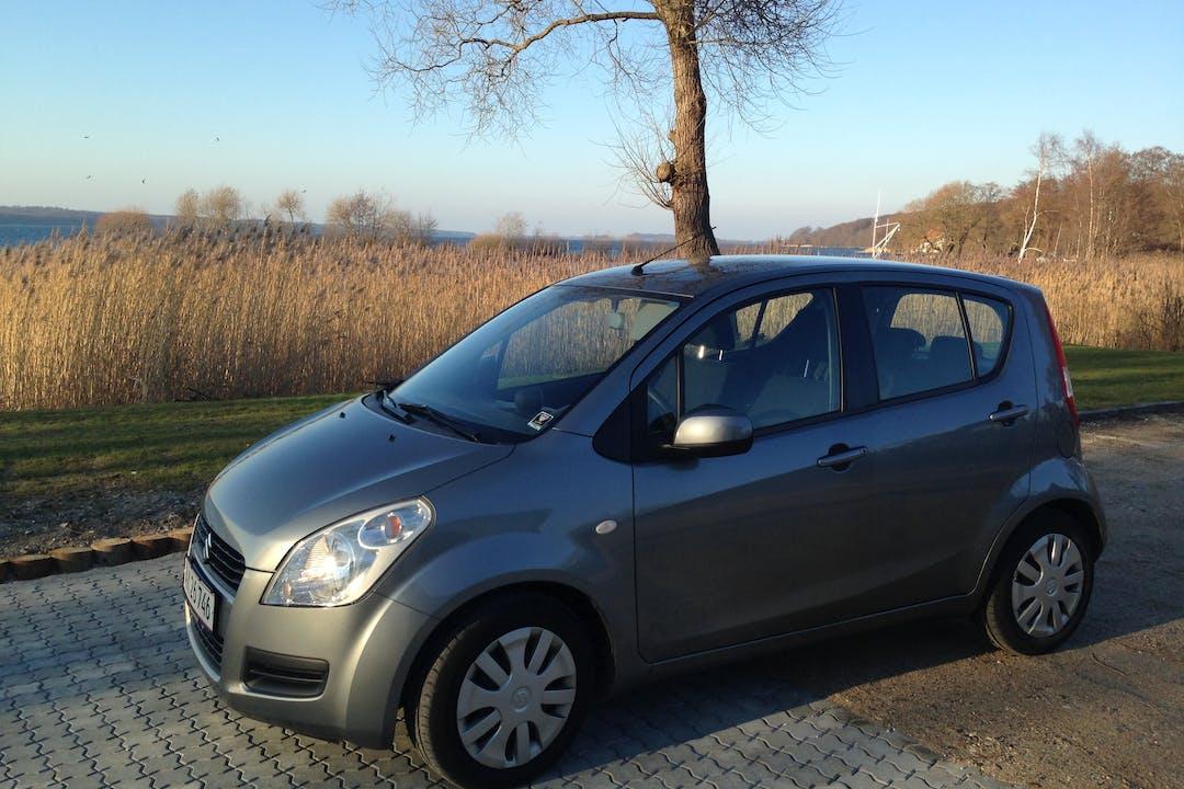 Billig billeje af Suzuki Splash nær 4000 Roskilde.