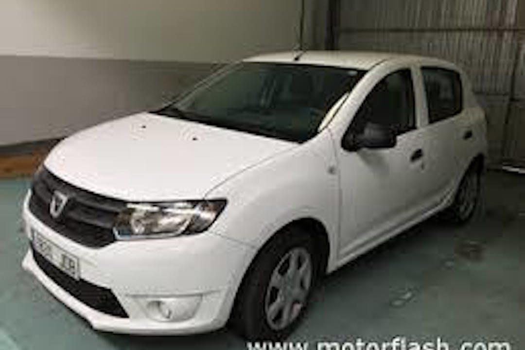 Alquiler barato de Dacia Sandero con equipamiento Fijaciones Isofix cerca de 08903 L'Hospitalet de Llobregat.