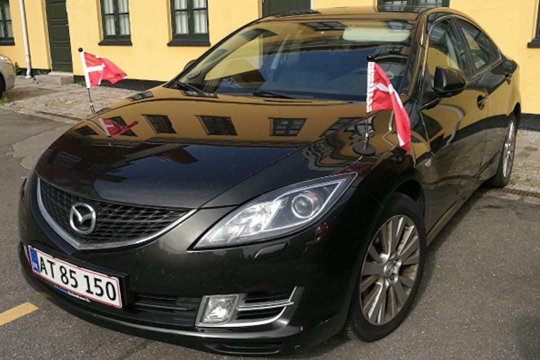 Billig billeje af Mazda 6 2.0 med Anhængertræk nær 2720 København.