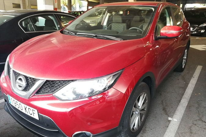 Alquiler barato de Nissan Qashqai 1.5dci Acenta 4x2 cerca de 08029 Barcelona.
