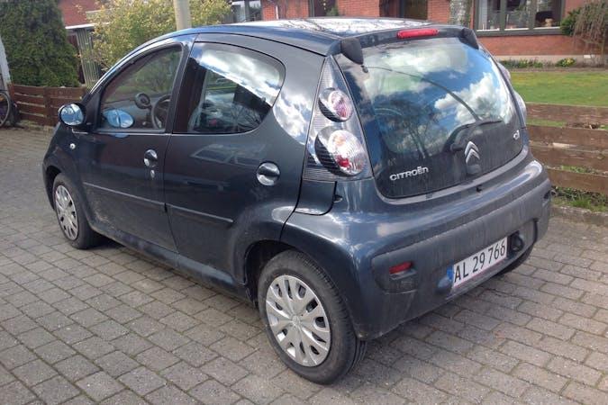 Billig billeje af Citroën C1 nær 7300 Jelling.