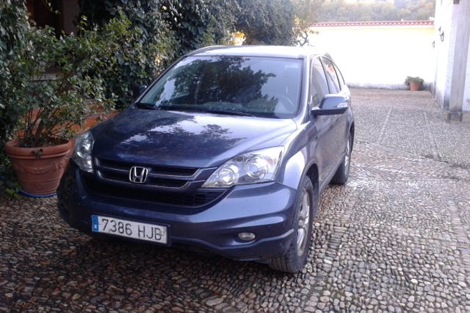 Alquiler barato de Honda Cr-V 2.0 I-Vtec Comfort Se con equipamiento Aire acondicionado cerca de 28020 Madrid.