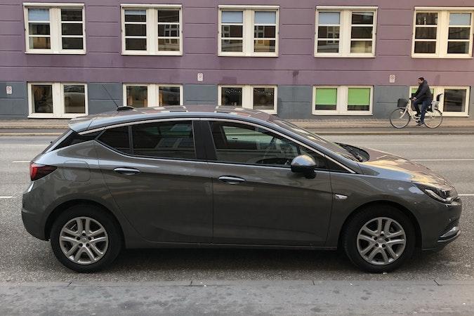 Billig billeje af Opel Astra 1,4 Turbo med AUX/MP3 indgang nær 2100 København.