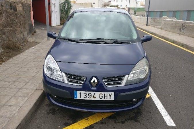 Alquiler barato de Renault Scenic Expression 1.5dci 105 con equipamiento Fijaciones Isofix cerca de 28042 Madrid.