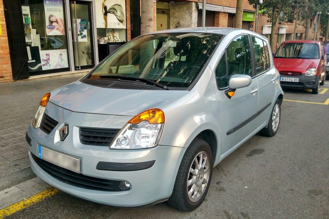 Alquiler barato de Renault Modus Authentique 1.5dci 85 cerca de 08016 Barcelona.