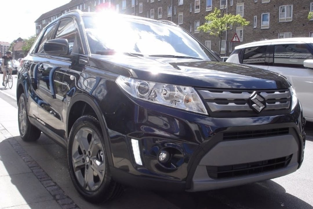 Billig billeje af Suzuki vitara med GPS nær 8930 Randers.