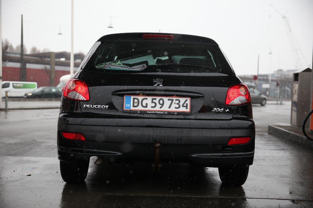 Billig billeje af Peugeot 206 nær 1807 Frederiksberg.