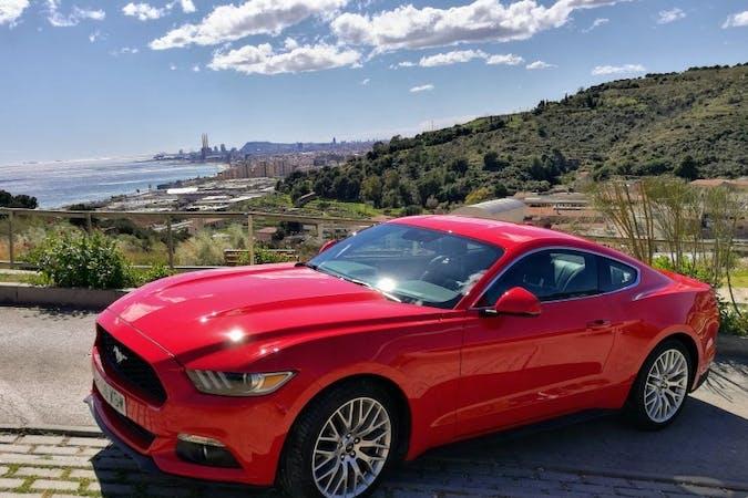 Alquiler barato de Ford Mustang Fastback 2.3 Ecoboost At cerca de 08140 Caldes de Montbui.