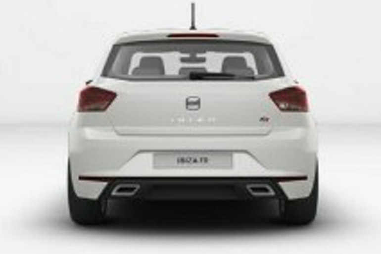 Alquiler barato de Seat Ibiza Fr 1.0 Ecotsi 110 S&S con equipamiento AUX/Reproductor MP3 cerca de 18002 Granada.
