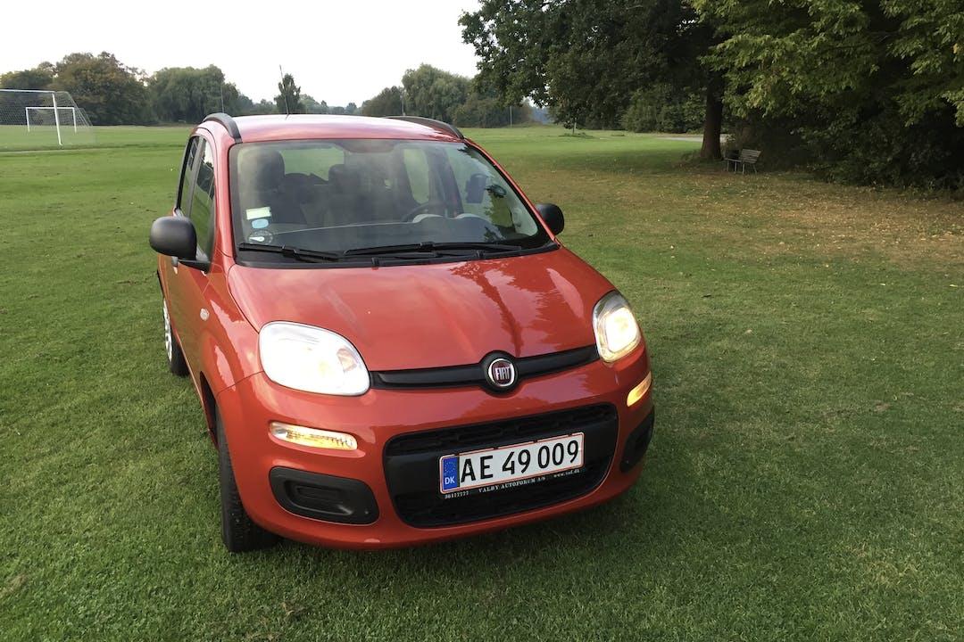 Billig billeje af Fiat Panda Fresh 0.9 nær 2400 København.