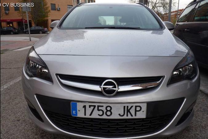 Alquiler barato de Opel Astra 1.6 Cdti 110 Business cerca de 28012 Madrid.