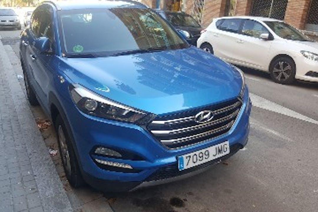 Alquiler barato de Hyundai Tucson 1.6 Gdi Bd Tecno Safe 4x2 cerca de 08035 Barcelona.