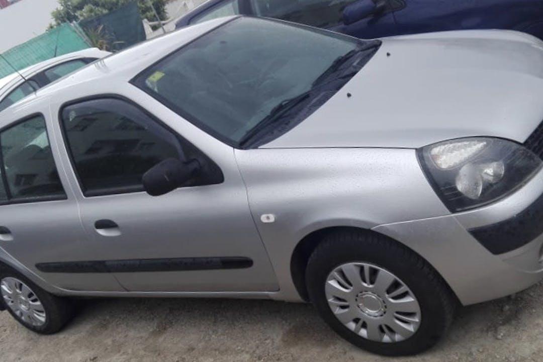 Alquiler barato de Renault Clio Community 1.2 16V con equipamiento Fijaciones Isofix cerca de 07703 Maó.