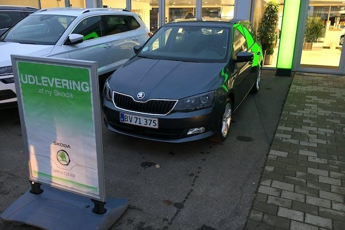 Billig billeje af Skoda Fabia Style 1,2 DSG nær 5700 Svendborg.
