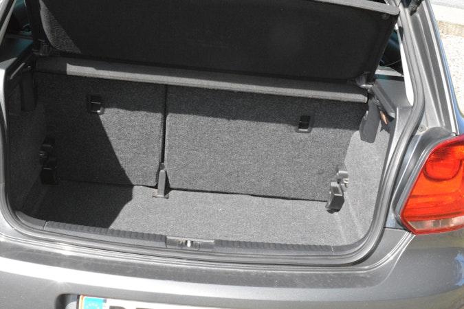 Billig billeje af VW Polo 1,4 - grå. Automatgear og klima nær 7100 Vejle.