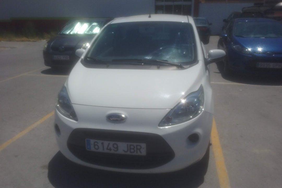 Alquiler barato de Ford Ka 1.2 Grand Prix Ii cerca de 11100 San Fernando.