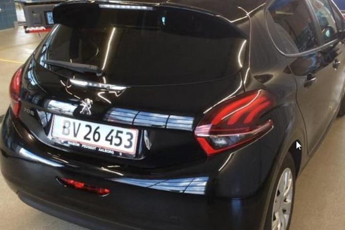 Billig billeje af Peugeot 208 Spirit Comfort  med Aircondition nær 7100 Vejle.