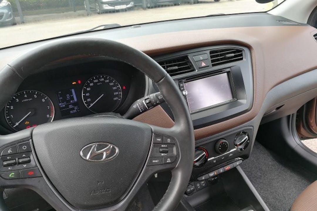 Billig billeje af Hyundai I20 1,25 med Isofix beslag nær 3650 Ølstykke.