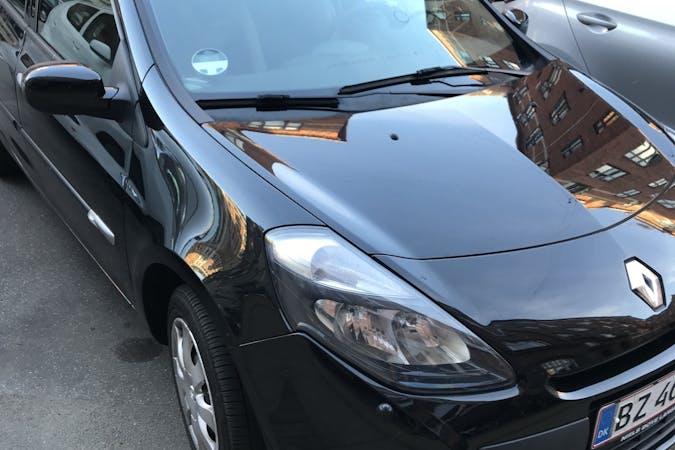 Billig billeje af Renault Clio 1,2 Stationcar nær 2200 København.