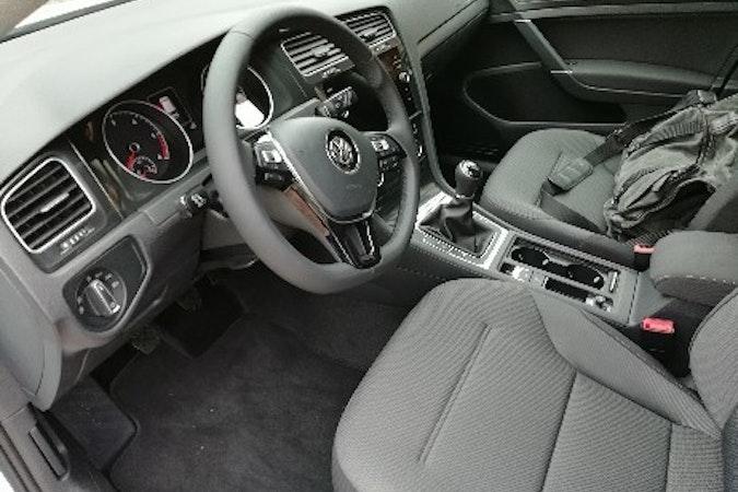 Alquiler barato de Volkswagen Golf Advance 1.6 Tdi 115 cerca de 33013 Oviedo.