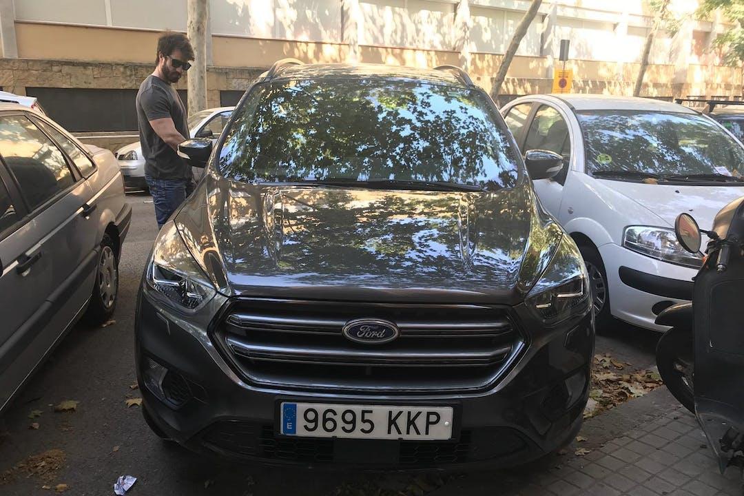 Alquiler barato de Ford Kuga 1.5 Tdci 120 Business 2wd cerca de 08041 Barcelona.