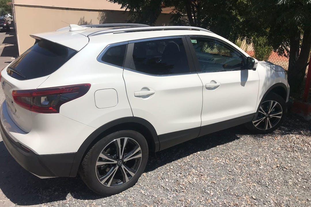 Alquiler barato de Nissan Qashqai 1.5 Dci N-Connecta cerca de 28045 Madrid.