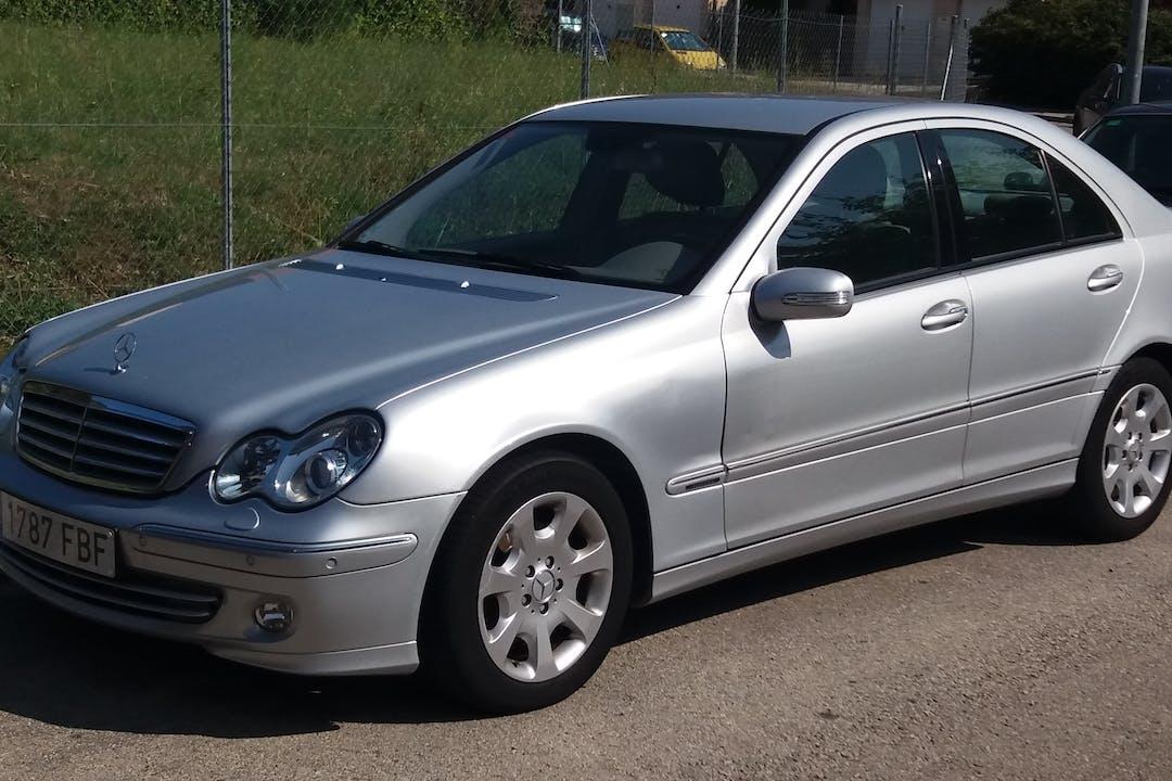 Alquiler barato de Mercedes C (203) 220 Cdi 150 Avantgarde cerca de 08221 Terrassa.