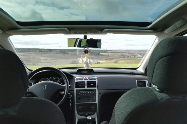 Alquiler barato de Peugeot 307 Sw 2.0 Hdi 136 con equipamiento AUX/Reproductor MP3 cerca de 39108 Santa Cruz de Bezana.