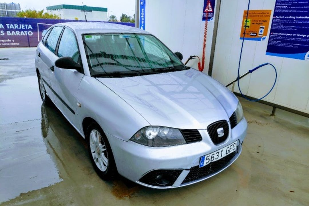 Alquiler barato de Seat Ibiza Reference 1.4 Tdi 80 cerca de 07611 Palma.