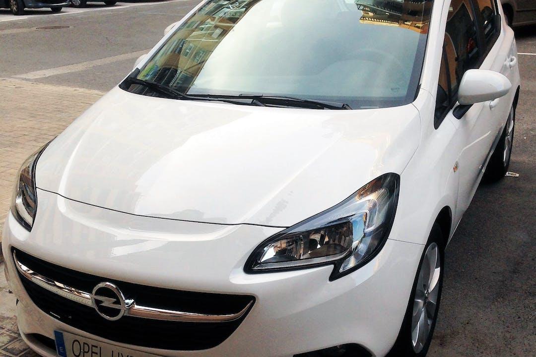 Alquiler barato de Opel Corsa 1.4 90 Selective cerca de 46010 València.