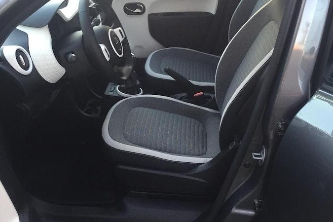 Location économique de voiture de Renault Twingo proche de 59370 Mons-en-Barœul.