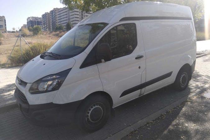 Alquiler barato de Ford Custom F 2.2tdci 100 250C Ambien cerca de 28045 Madrid.
