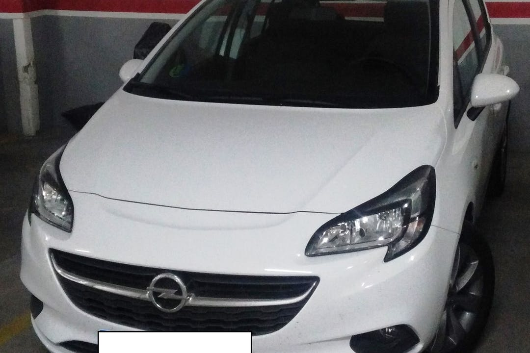 Alquiler barato de Opel Corsa 1.4 90 Selective cerca de 45500 Torrijos.