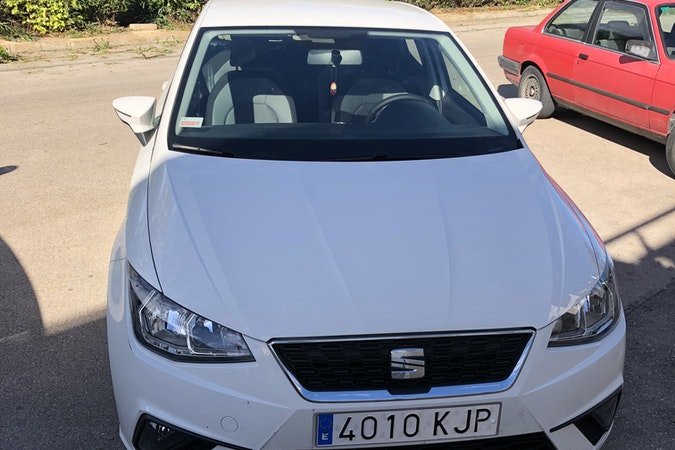 Alquiler barato de Seat Ibiza Style 1.0 Ecotsi 95 S&S cerca de 28045 Madrid.