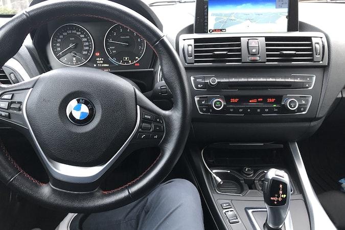 Billig leie av BMW 1 serie automatic 214 hp. i nærheten av 1430 .
