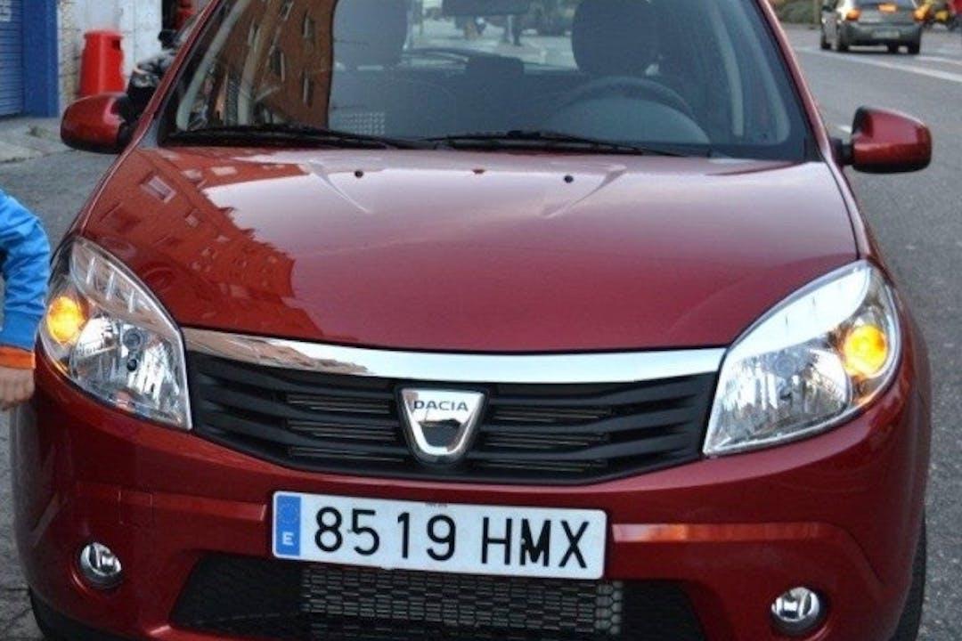 Alquiler barato de Dacia Sandero 1.2 Ambiance cerca de 28440 Guadarrama.