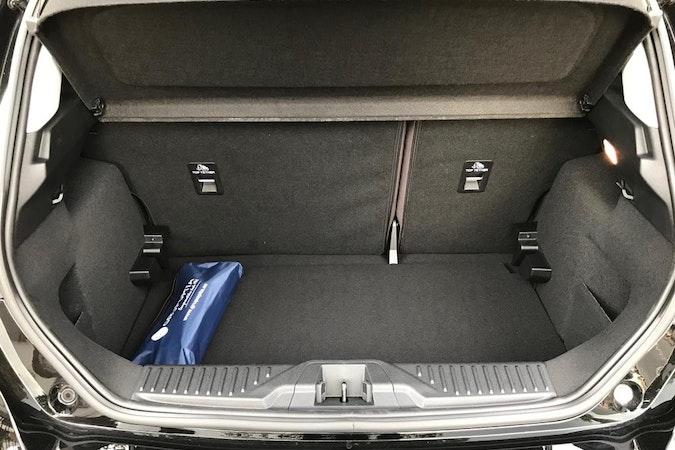 Alquiler barato de Ford Fiesta 1.0 Ecoboost 100 St-Line cerca de 28045 Madrid.