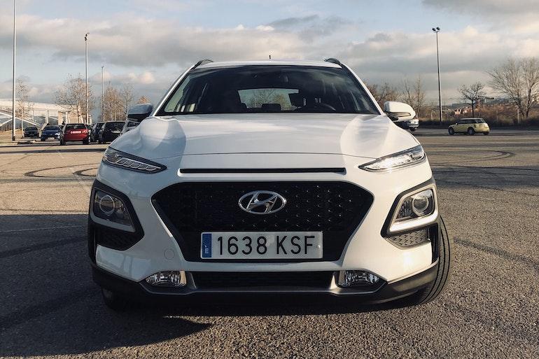 Alquiler barato de Hyundai Kona 1.6 Tgdi Style 2c Dt 4x4 cerca de 28045 Madrid.
