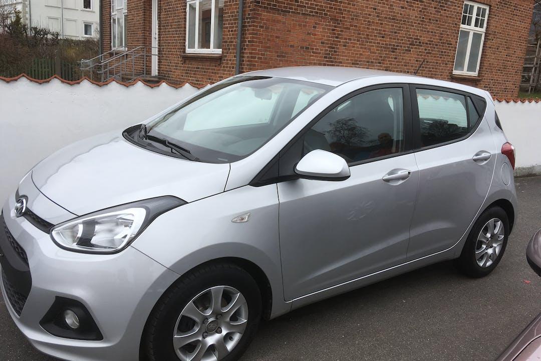Billig billeje af Hyundai i10  med Isofix beslag nær 5700 Svendborg.